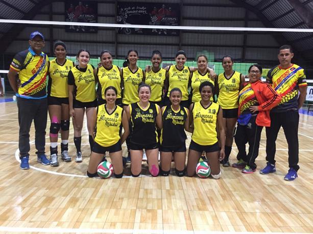 santiago-barre-en-la-copa-cibao-voleibol