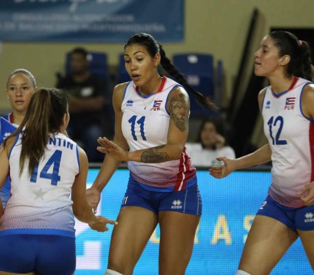 Foto Jugadoras de voleibol de Puerto Rico que están en RD.